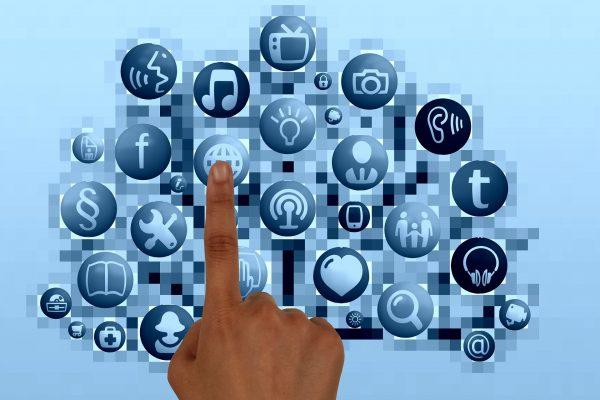 i-social-network-servono-a-vendere