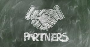 partner-hands-2499629_960_720